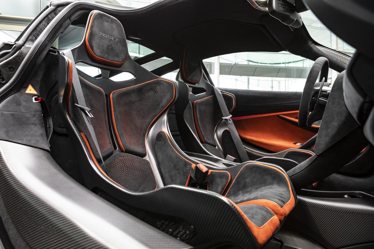 McLaren 765LT intérieur