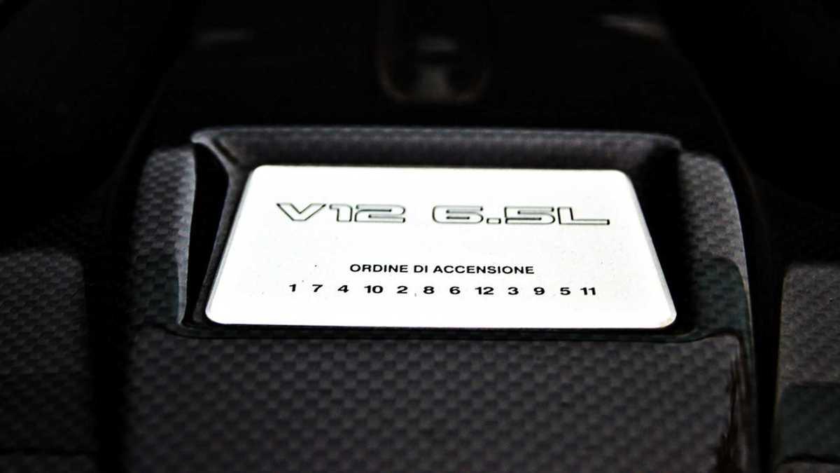 V12 6.5L Lamborghini ordre d'allumage